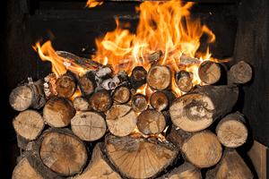 Come posizionare la legna nel termocamino?